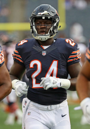 CHICAGO, IL - AUGUST 11: Jordan Howard #24 of the Chicago Bears participates in warm-ups efore a game against the Denver Broncos at Soldier Field on August 11, 2016 in Chicago, Illinois. (Photo by Jonathan Daniel/Getty Images)