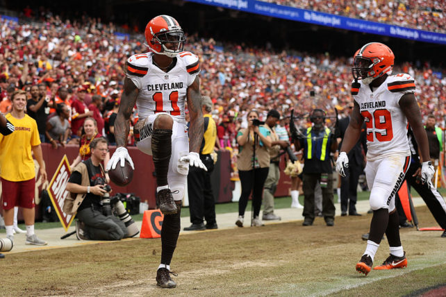 LANDOVER, MD - OCTOBER 2: Wide receiver Terrelle Pryor #11 of the Cleveland Browns celebrates with teammate running back Duke Johnson #29 after scoring a second quarter touchdown against the Washington Redskins at FedExField on October 2, 2016 in Landover, Maryland. (Photo by Patrick Smith/Getty Images)