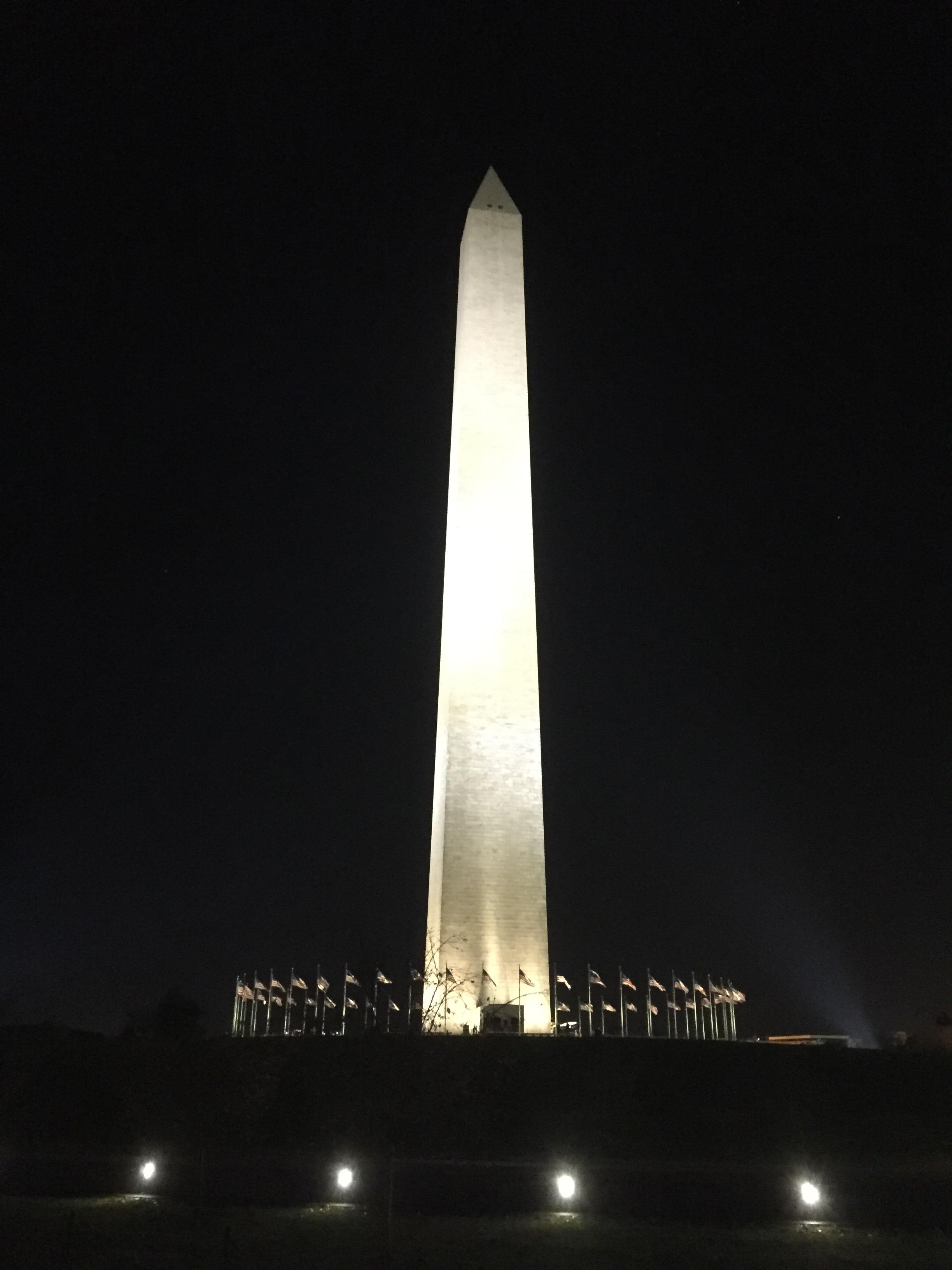 Washington Monument i kvällsbelysning. Foto: Daniel Croona.
